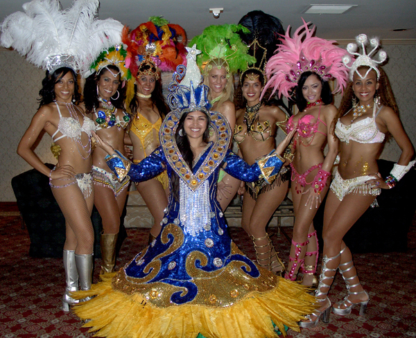 Victoria-Vives-Samba-group-